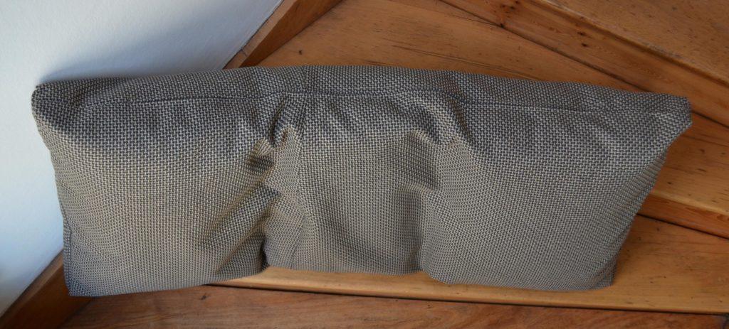 Unterseite-selbst-genaehter-Kissenbezug-mit-Reisverschluss