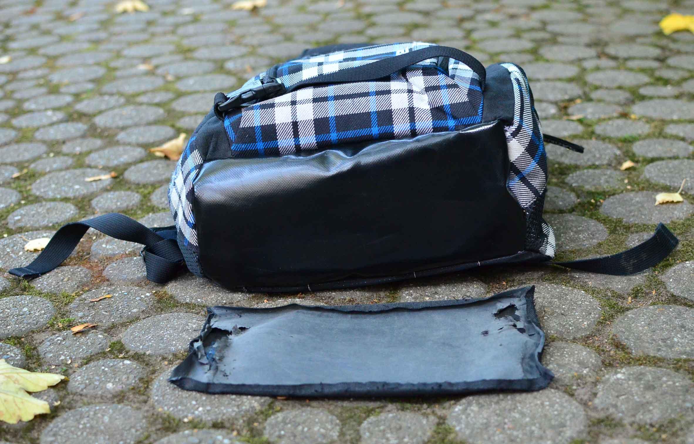 reparieren statt wegwerfen rucksack mit neuem boden aus. Black Bedroom Furniture Sets. Home Design Ideas